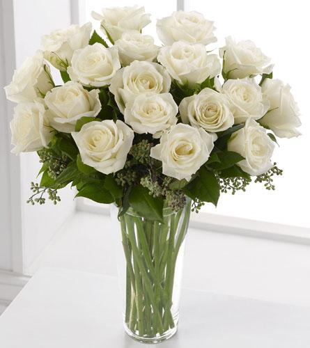 18 White Roses Arrangement